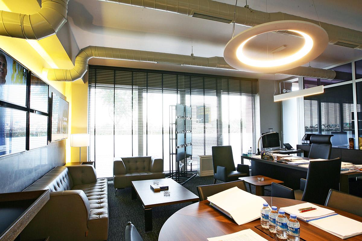 TRT World Toplantı Odası ve Ofisler